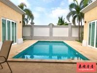 泰国芭提雅豪华泳池别墅出租,3房3卫